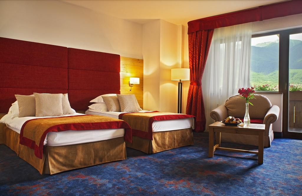Kempinski_Grand_Arena_Deluxe_Room_Mountain_View