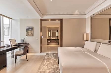 Grand Deluxe Room at Capitol Wing